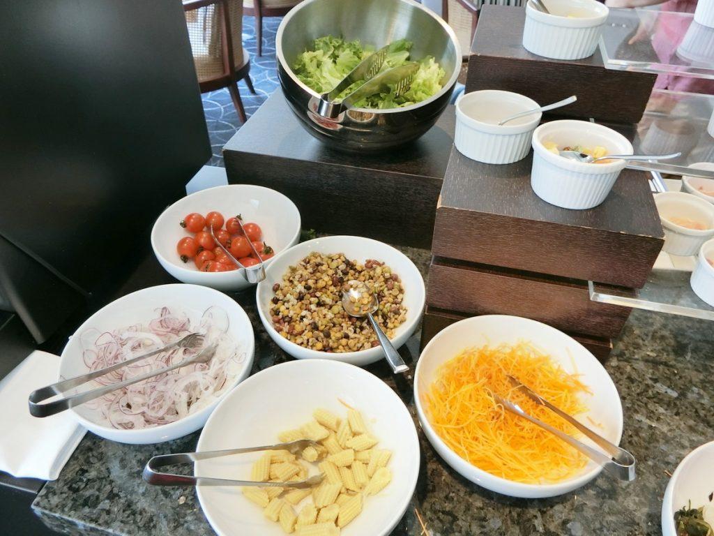 朝食のサラダ類