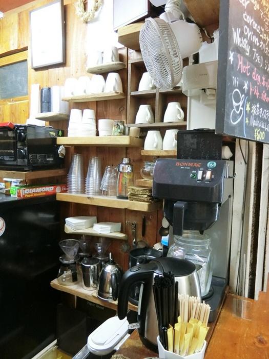 カフェパラソルの食器類