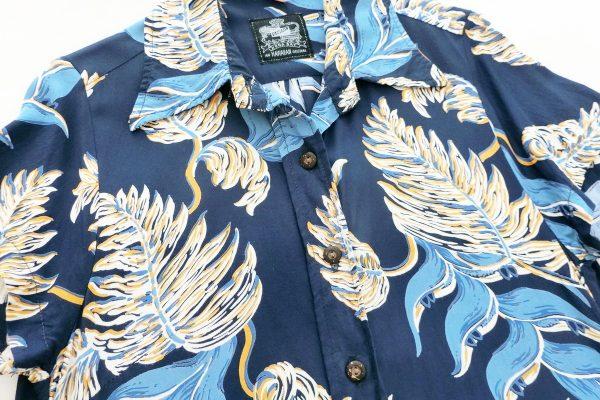 南の島でも快適に過ごせる上質なアロハシャツ【旅の必需品④】